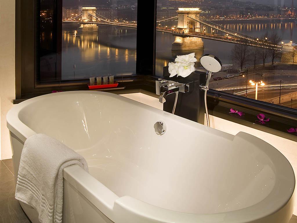 מלון סופיטל אמבטיה