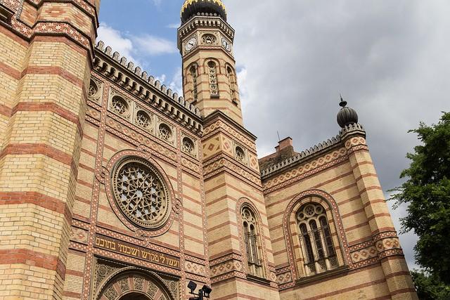 בית הכנסת הגדול מבחוץ
