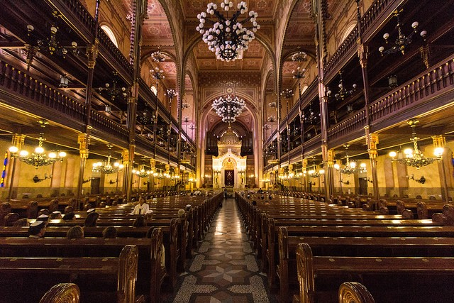 בית הכנסת הגדול מבט מבפנים