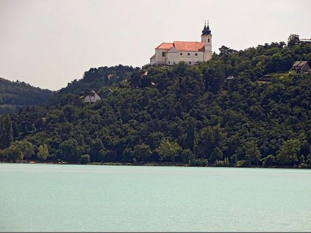 אגם בלטון