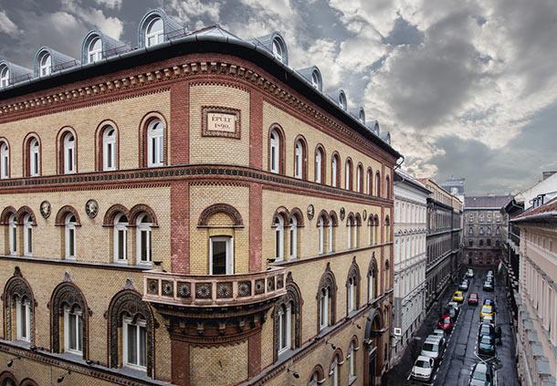 מלון מוזיאון בודפשט מבחוץ