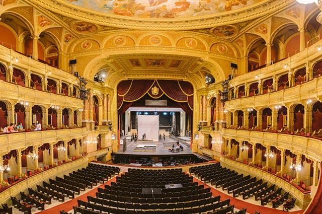 בית האופרה מבפנים