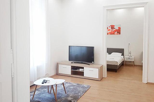 סלון דירה Akacfa
