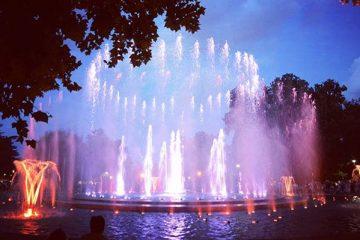 המזרקה המנגנת (Music Fountain) באי מרגיט